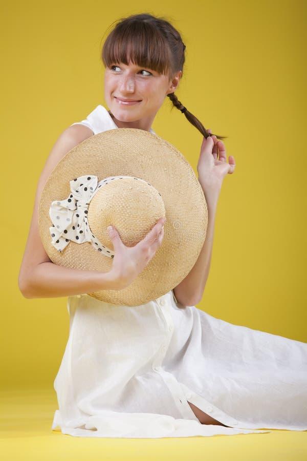 Donna modesta in vestito da estate fotografia stock