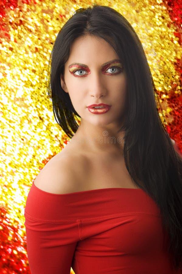 Donna nel colore rosso immagini stock