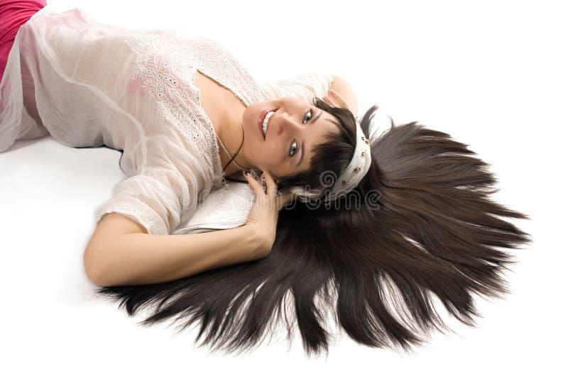Donna orientale del brunette di bellezza del ritratto immagine stock