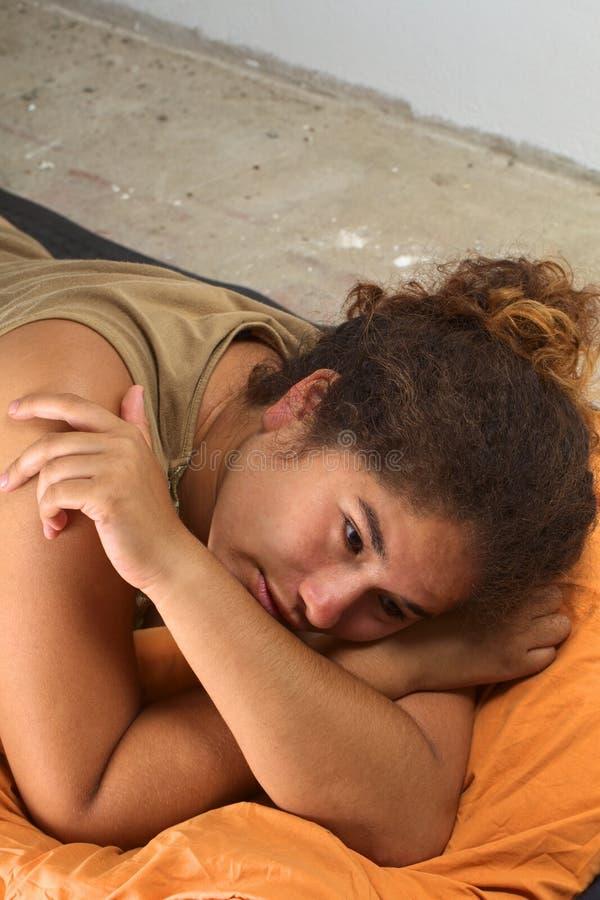 Donna peruviana triste fotografie stock