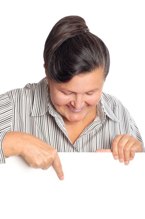 Donna più anziana con il manifesto fotografie stock libere da diritti