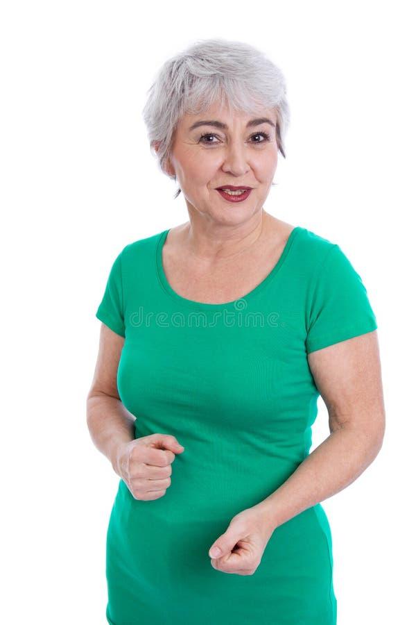 Donna più anziana felice con capelli grigi isolati su bianco. fotografie stock