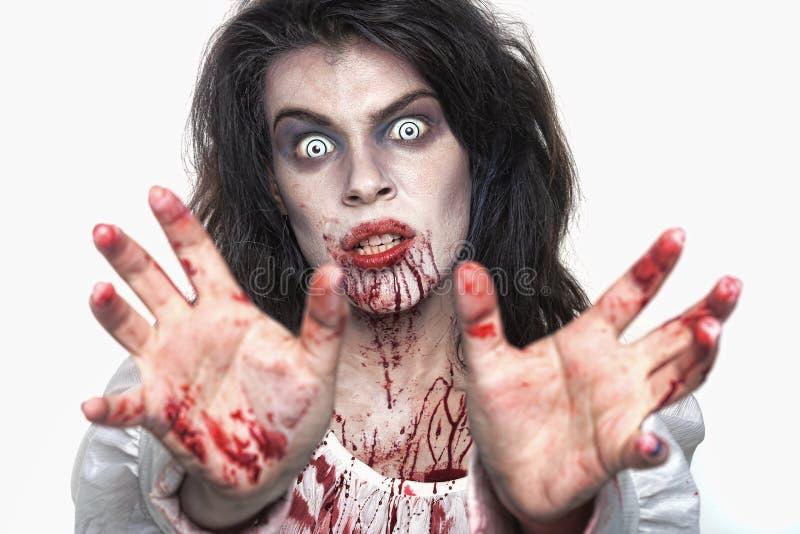 Donna psicotica dell'emorragia in un'immagine di tema di orrore immagine stock libera da diritti