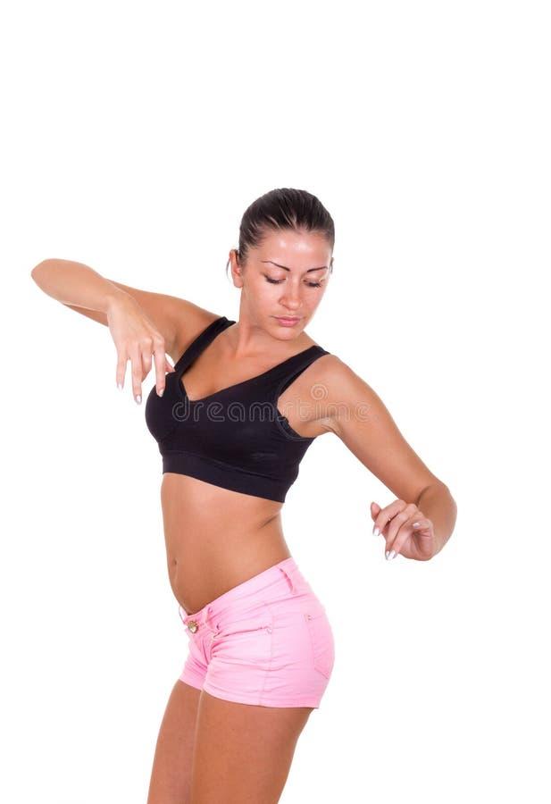 Donna sexy che esercita yoga e rilassamento immagine stock
