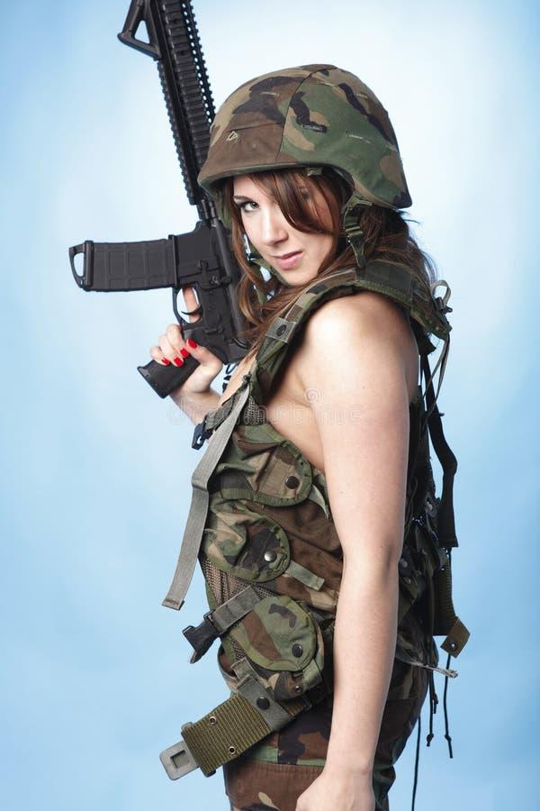 Donna sexy dell'esercito fotografia stock libera da diritti