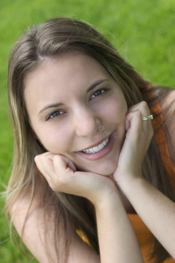 Donna sorridente fotografie stock