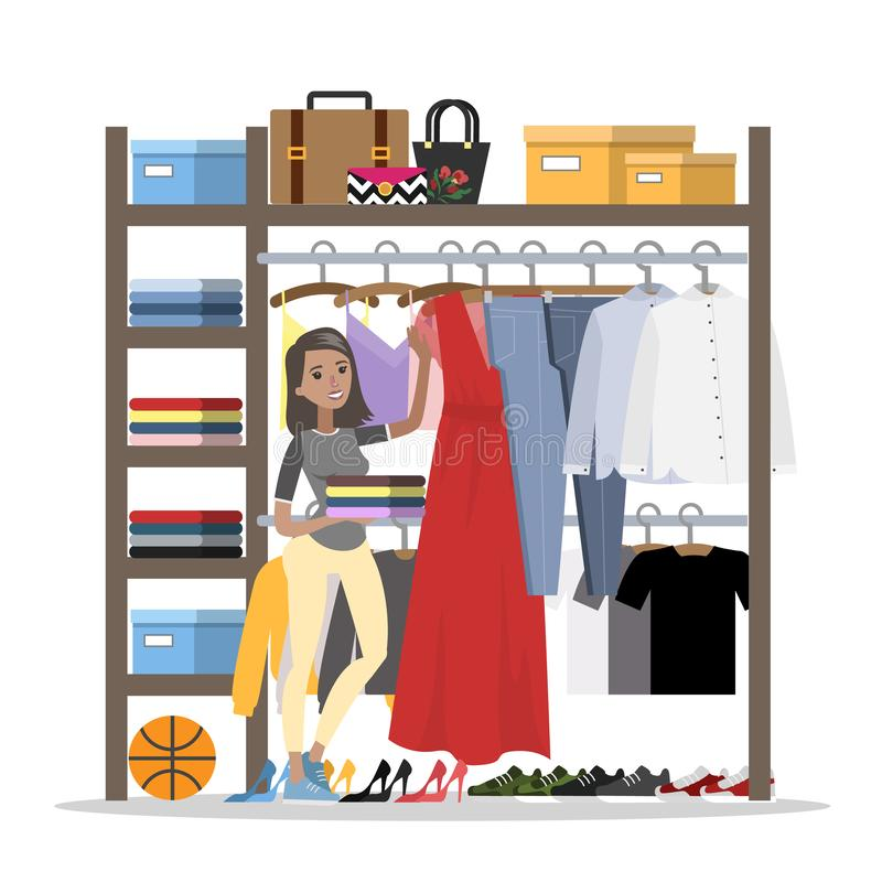 Donna sorridente che sceglie i vestiti nel guardaroba royalty illustrazione gratis