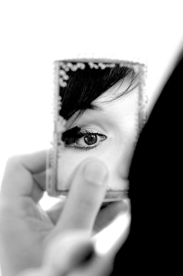 Donna in specchio #6 fotografia stock libera da diritti