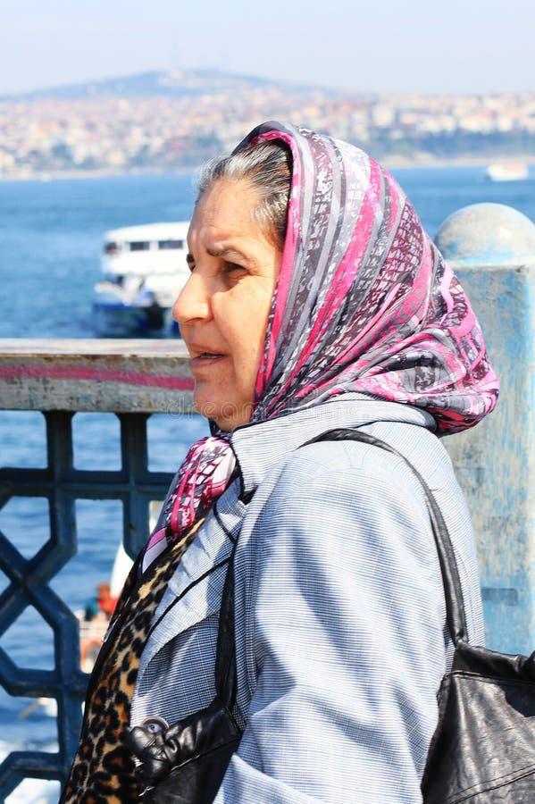 Donna turca in vestito tradizionale fotografia stock