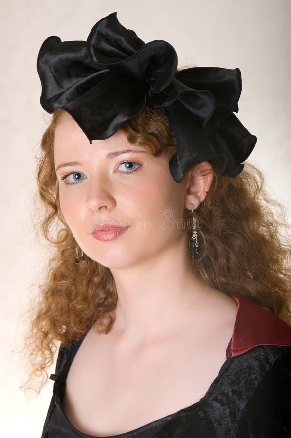 Donna in vestito antiquato. fotografia stock