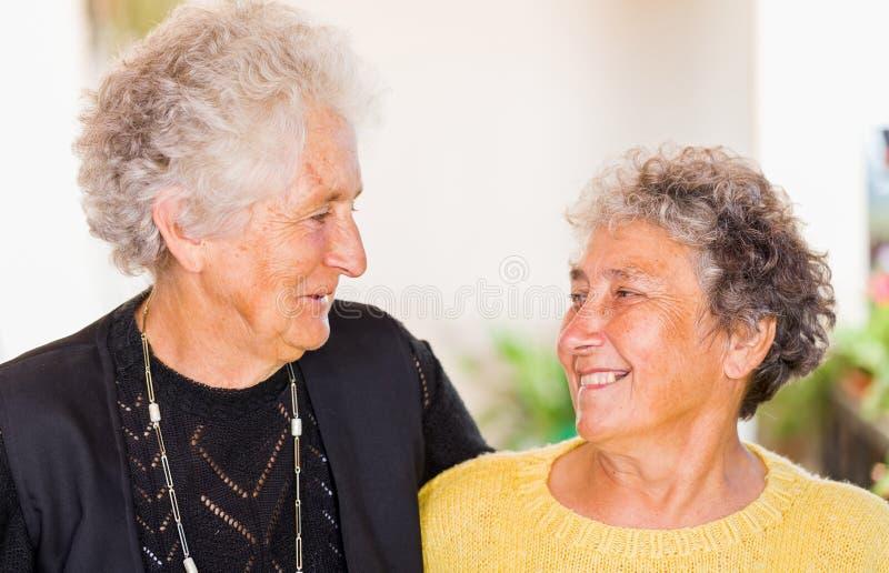 Donne anziane fotografia stock