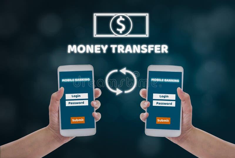 Donne che tengono gli smartphones a disposizione per rendere a transazioni finanziarie online, su un fondo blu del bokeh, acquist illustrazione vettoriale