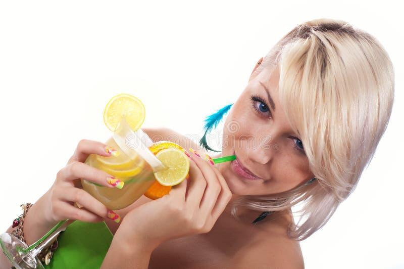 Donne con il cocktail immagini stock