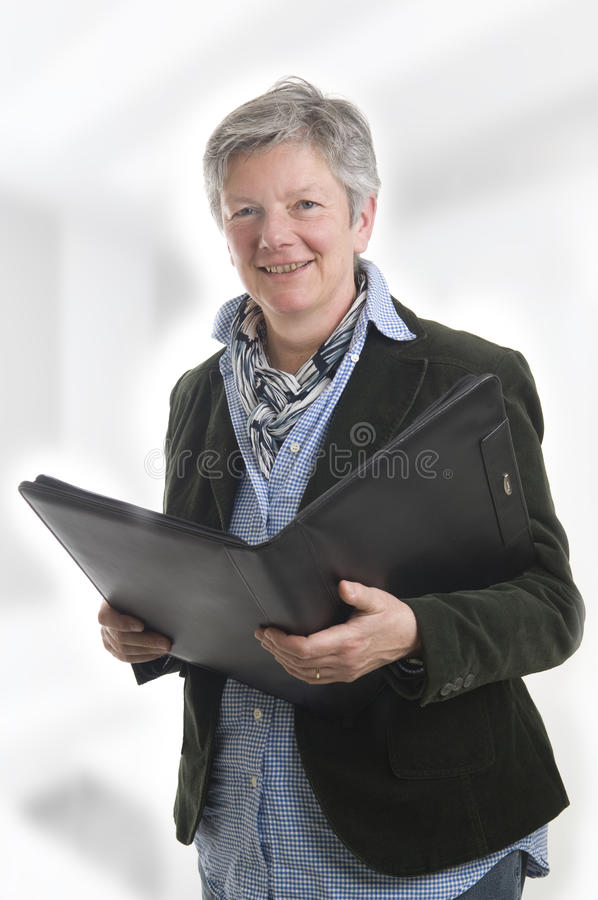 Donne con il libro nero fotografie stock libere da diritti
