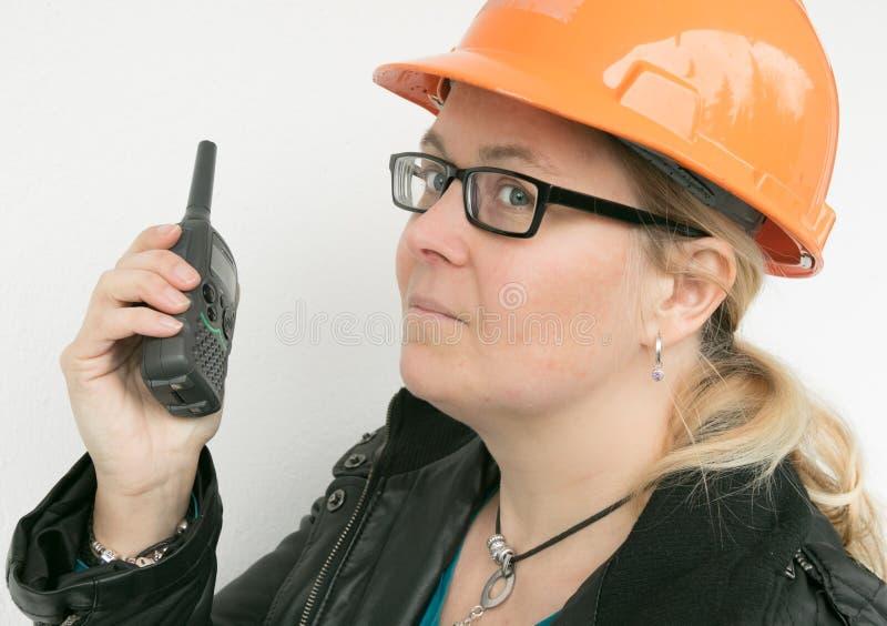 Donne con un casco fotografie stock