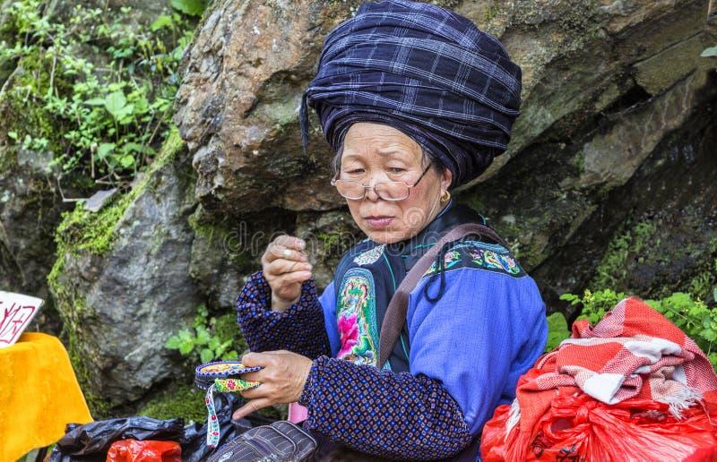 Donne della nazionalità in Hunan, Cina di Tujia fotografie stock