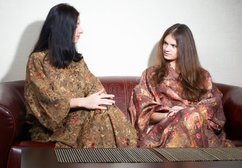 Donne in stazione termale giapponese immagini stock libere da diritti