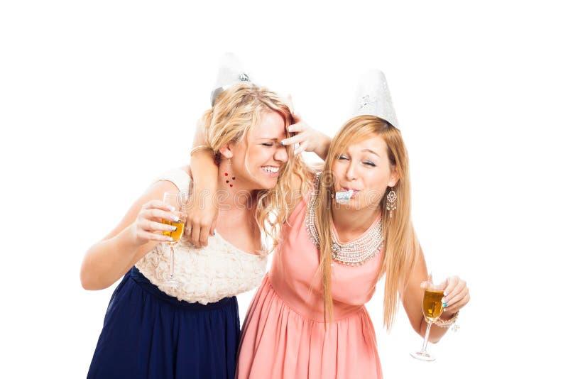 Donne ubriache che celebrano immagini stock