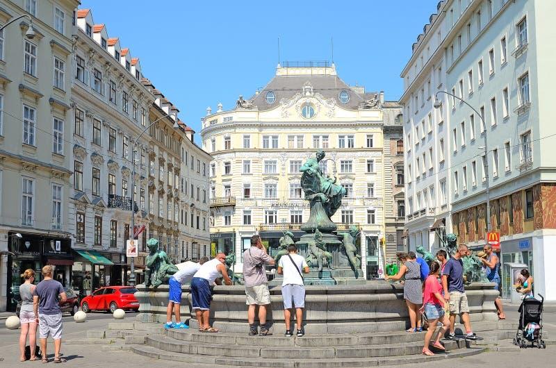 Donnerbrunnen-Brunnen in Wien, Österreich. lizenzfreie stockfotos