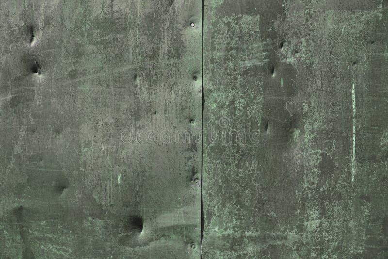 Donnez au fond une consistance rugueuse rouill? en m?tal Couleur argentée verte rouillée grunge de texture en métal photo libre de droits