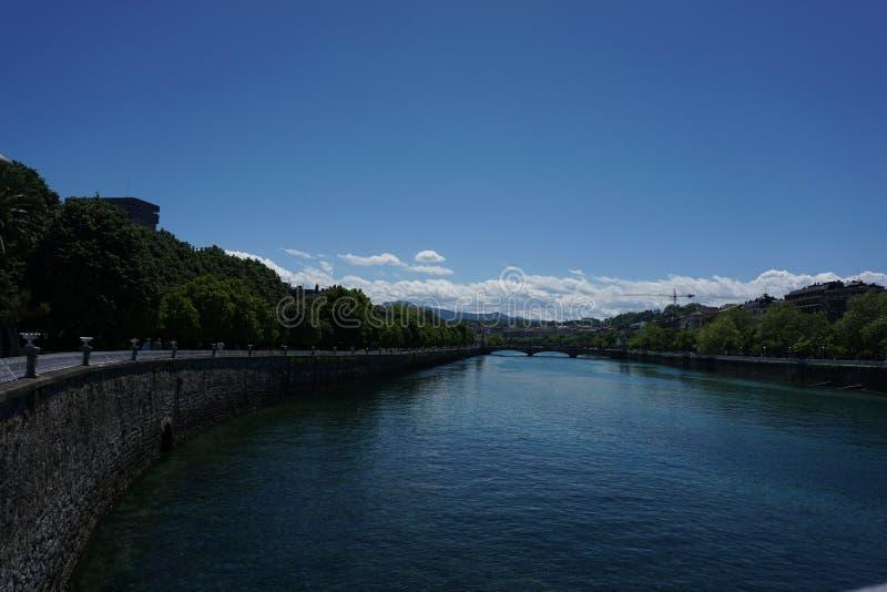 Donostia ` s河 免版税库存图片