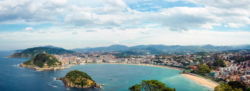 Donostia San Sebastian panorama royaltyfri fotografi