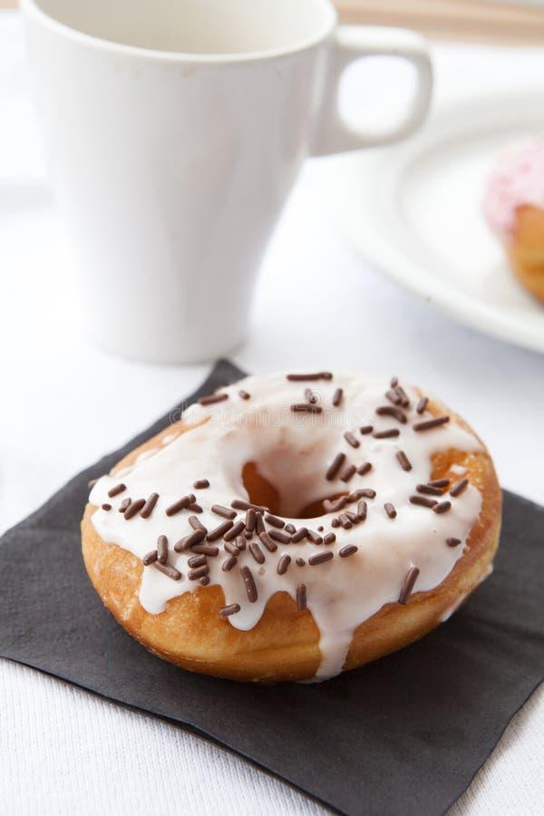 Donut e caffè immagini stock libere da diritti