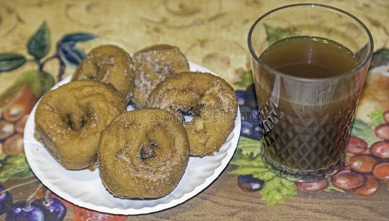 Donuts яблочного сидра стоковые фотографии rf