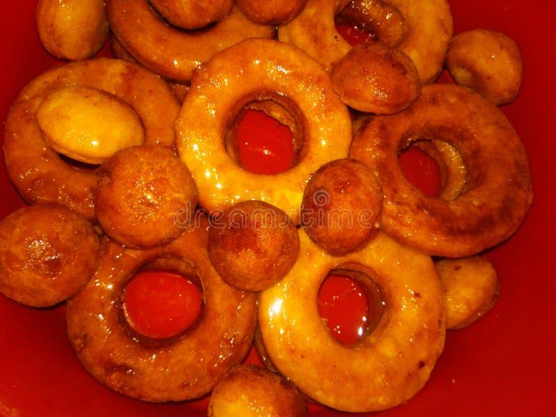 Donuts Et Points Fabriqués À La Maison photo libre de droits