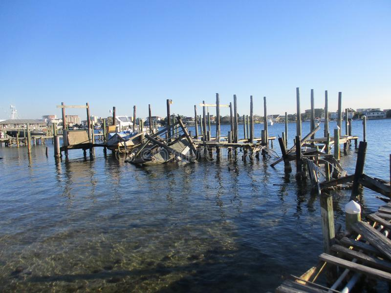 Dood Pier Pilings Stand Like Soldiers royalty-vrije stock foto