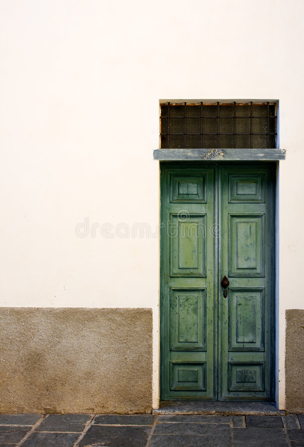 Free Door Royalty Free Stock Images - 8738449