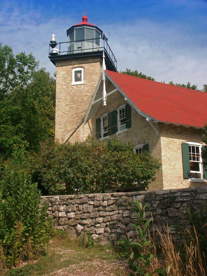 Door County Leuchtturm-Häuschen stockfoto