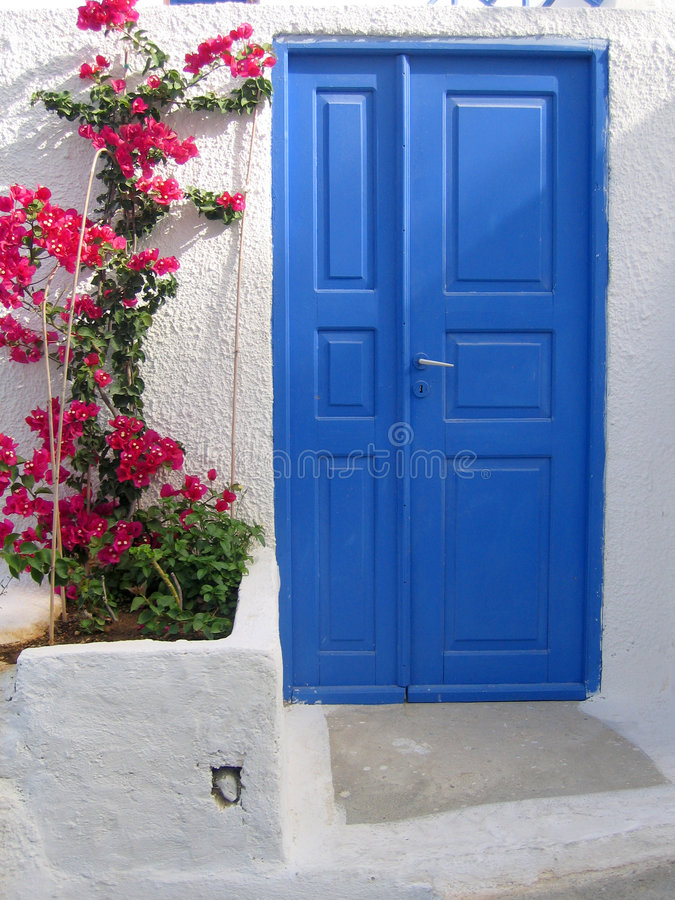 Free Door In Santorini Royalty Free Stock Photos - 565708