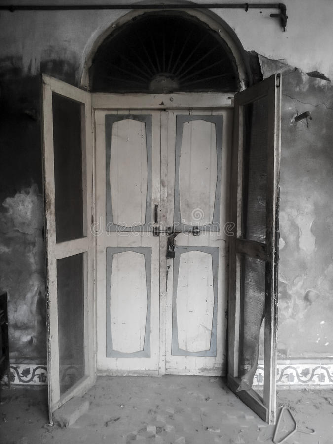 Door of Old House. This is a Door of old house which is build in indian style house at shikarpur, sindh Pakistan stock images