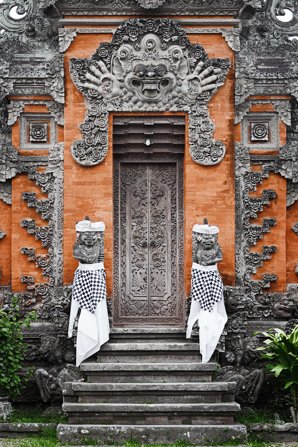 Free Door - Traditional Asian Balinese Carved Stock Photos - 30030073