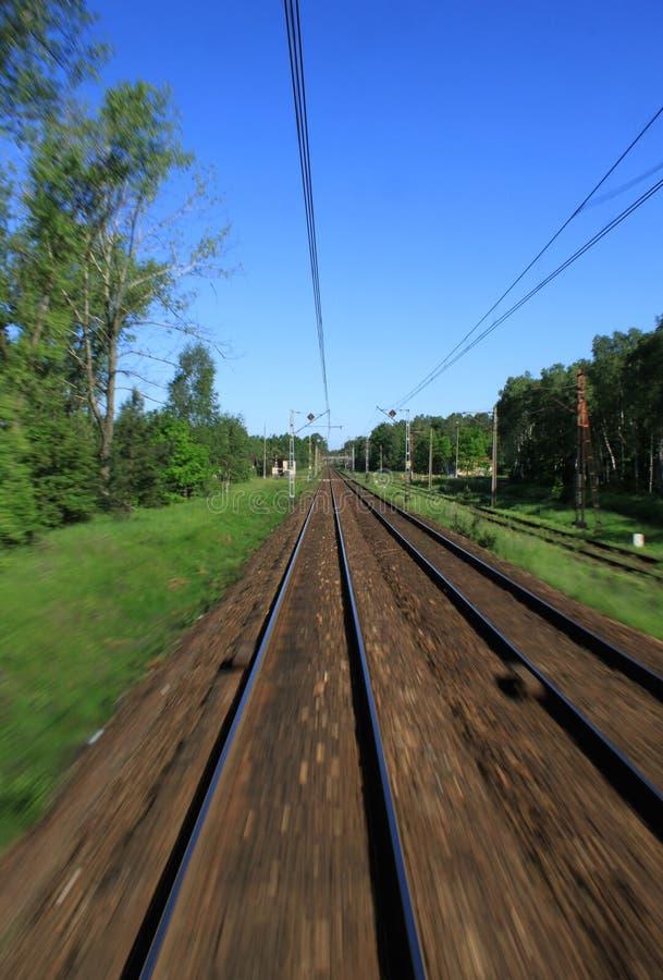 Door trein stock afbeelding