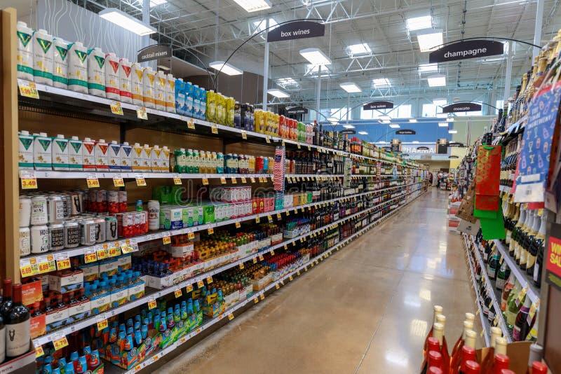 Doorgangmening van Fred Meyer, N.v. , is een ketting van hypermarket superstores in Portland, Oregon stock fotografie