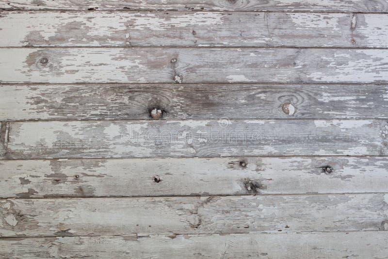 Doorstane witte houten schuur het opruimen achtergrond stock afbeelding