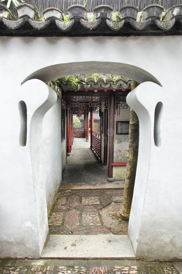 Doorway in Yu Yuan Garden stock images