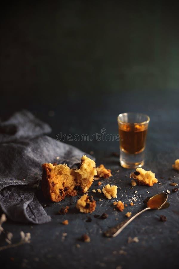 Doorweekte Crumbs van de Rumcake royalty-vrije stock fotografie