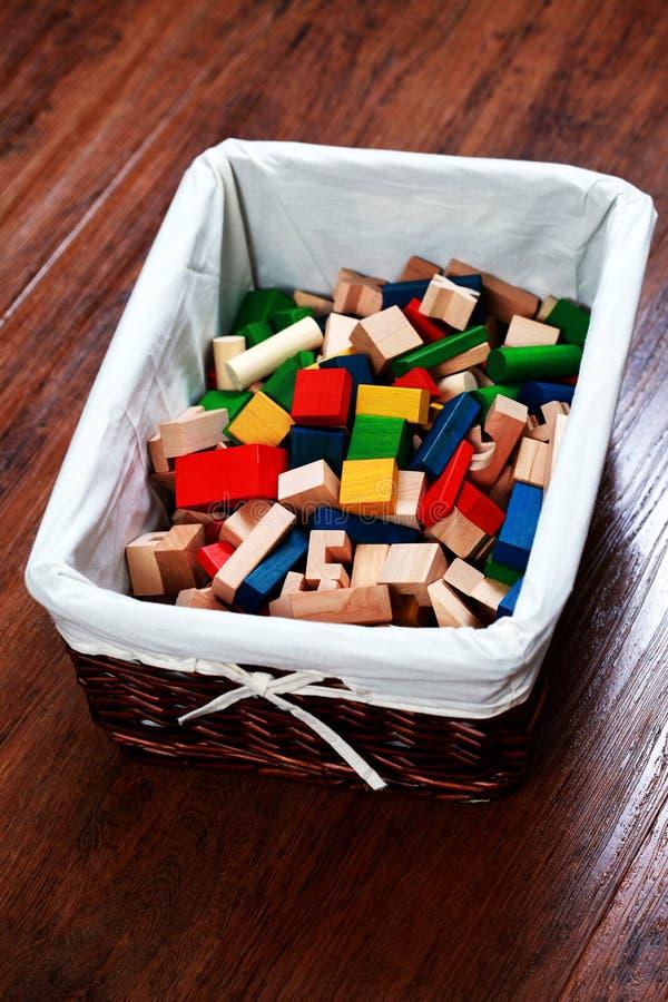 Doos van houten blokken royalty-vrije stock afbeeldingen