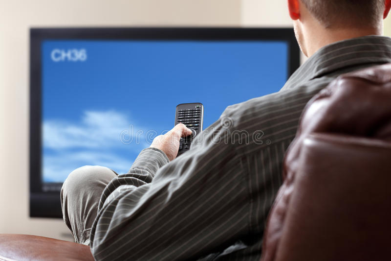 Dopatrywanie tv zdjęcia royalty free