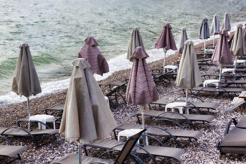 Dopo la pioggia sulla spiaggia, nessuno fotografia stock libera da diritti
