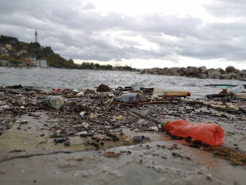Dopo la tempesta del mare immagini stock libere da diritti