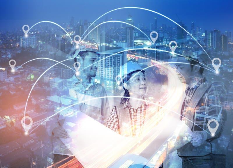 Doppelbelichtung des Netzes und der Stadt und der Network Connection conc lizenzfreies stockbild