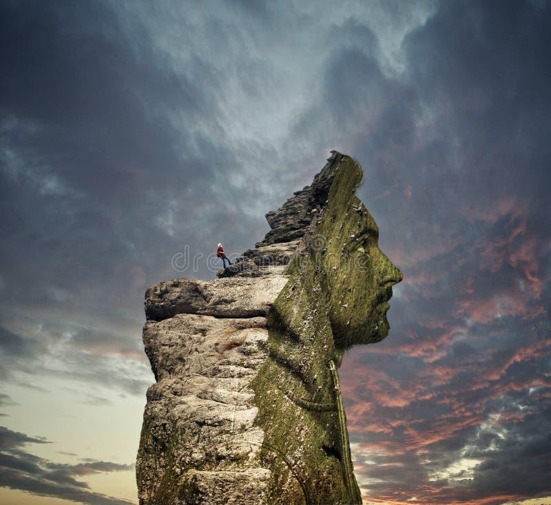 Doppelbelichtung eines Mannes und des Berges lizenzfreie stockbilder