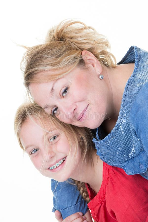 Doppelpolfahrt mit allein erziehende Mutter- und Tochterkind stockfoto