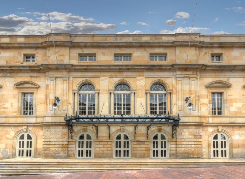 Doppelpunkt-Theater in Bogota stockbild