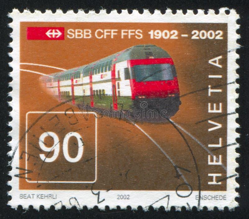 Doppelstöckiger Intercityzug lizenzfreie stockfotografie