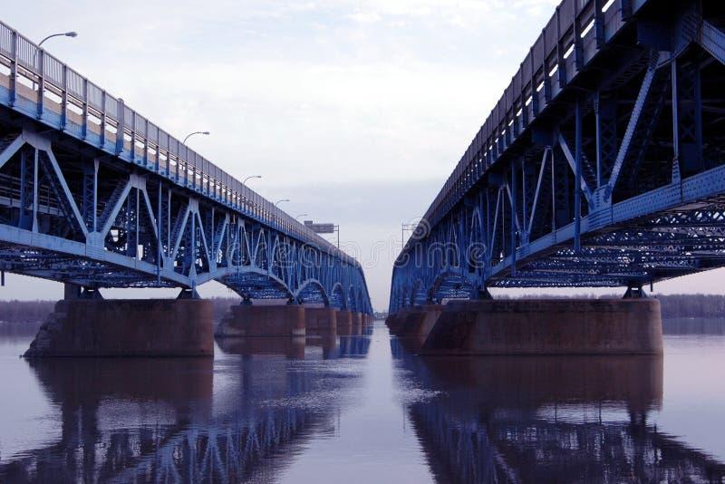 Doppelte Brücke stockbilder